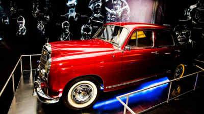Ein Stück der Automobilausstellung am Großglockner