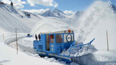 Schneeräumung auf der Hochalpenstraße